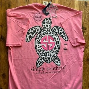 NWT Simply Southern Tee Pink with Leopard Turtle